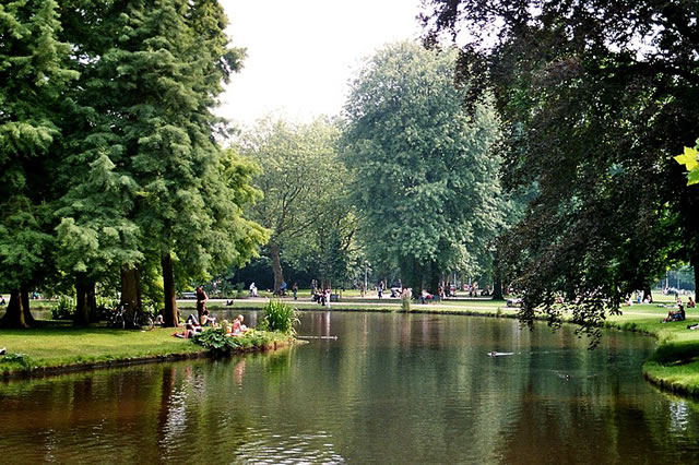 Pet Friendly Netherlands Vondel Park in Amsterdam